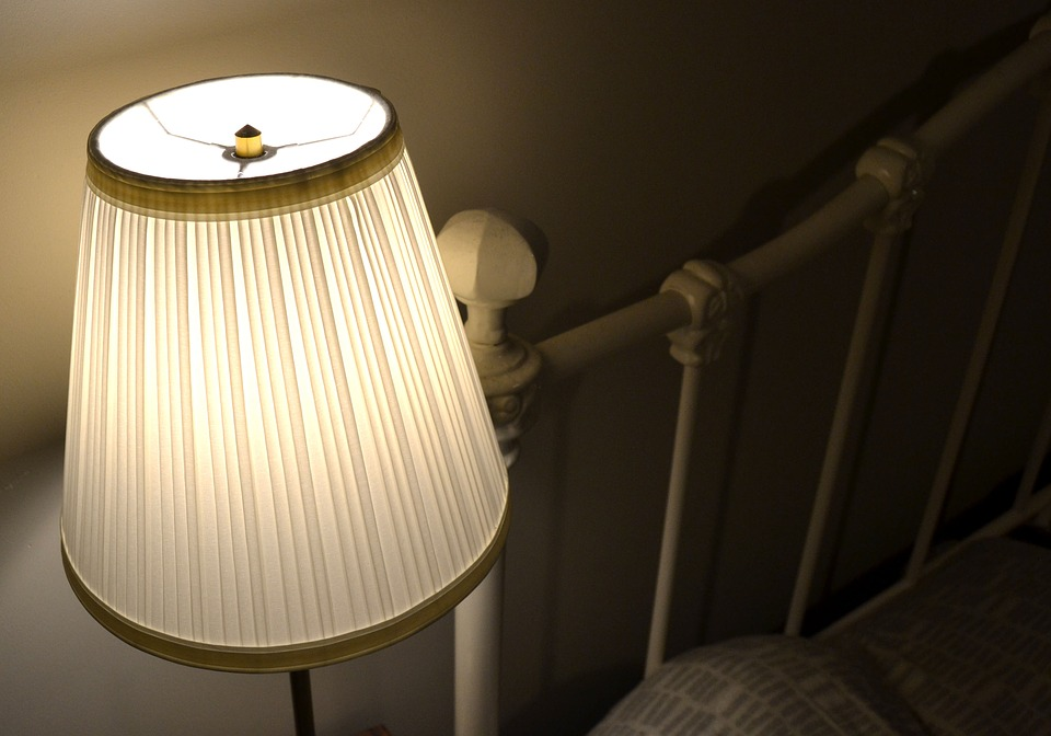 Designing the Perfect Hotel Room: Mattresses, Cotton Lampshades and More