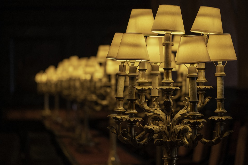 The Benefits of Investing in Custom Lampshades For Your Restaurant